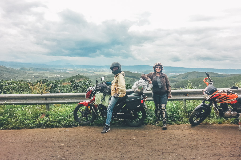 vietnam central highlands motorbike tour easy rider