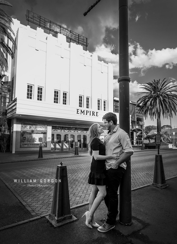 180908 0124a toowoomba engagement couple shoot inspiration theatre performing arts classic art deco heritage regional drama black white