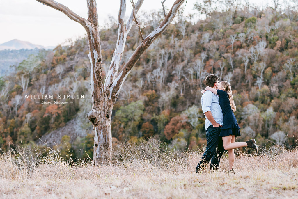180908 0131 toowoomba engagement couple shoot inspiration prince henry heights lookout katoomba point lovers outlook