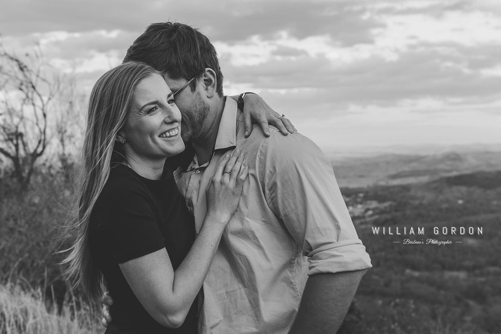 180908 0158 toowoomba engagement couple shoot inspiration prince henry heights lookout katoomba point lovers outlook blacknwhite emotive